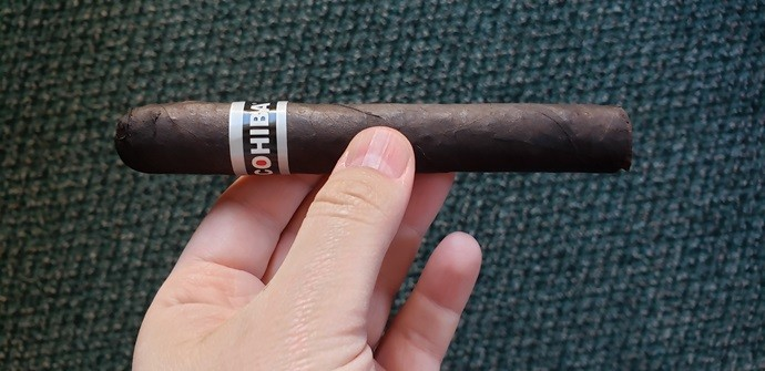 Cigar Review Cohiba Black Robusto Tubo