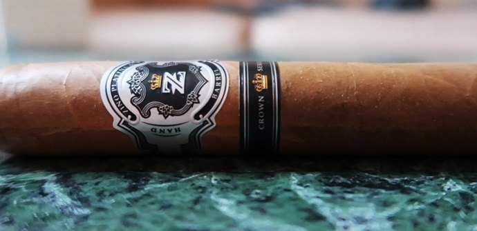 Cigar Review Zino Platinum Crown Series Barrel 2