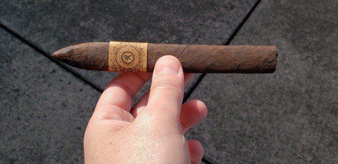 Cigar Review La Herencia Cubana CORE Belicoso
