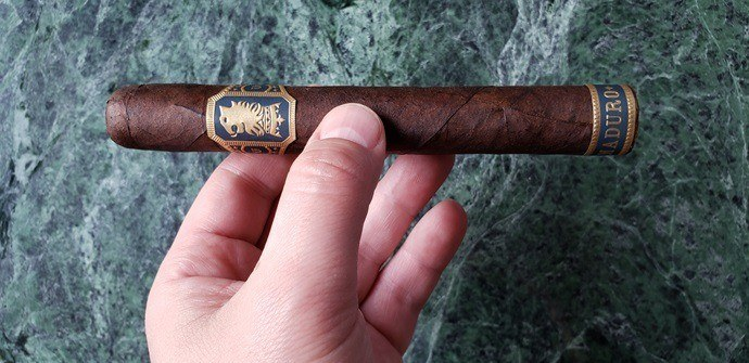 Cigar Review Drew Estate Undercrown Maduro Gran Toro