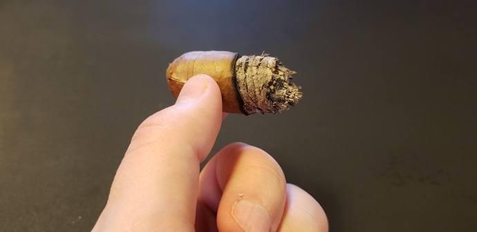 Cigar Review Leaf by Oscar Connecticut Robusto nub